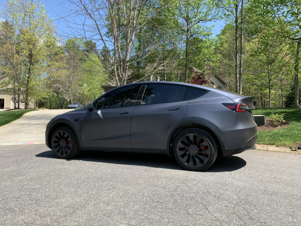 Tesla Model Y Performance With MPP Lift Kit
